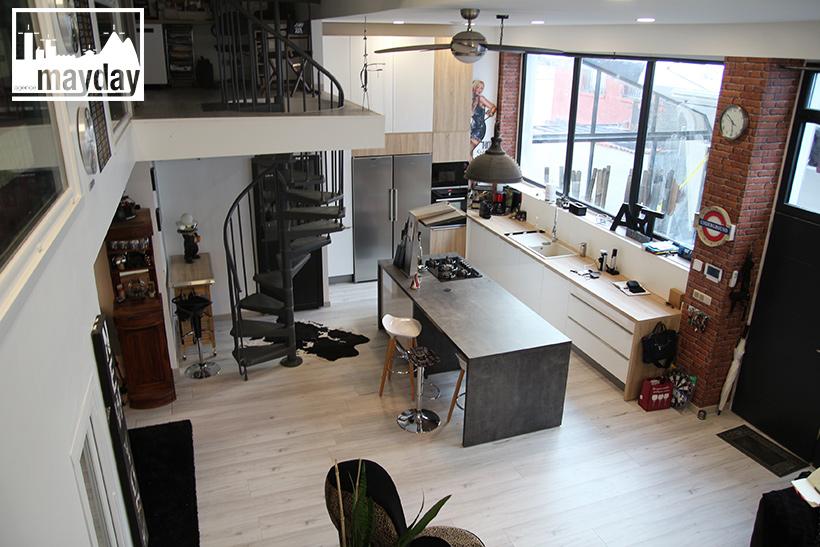 clav0137-loft-indus-et-sa-cuisine-centrale-3