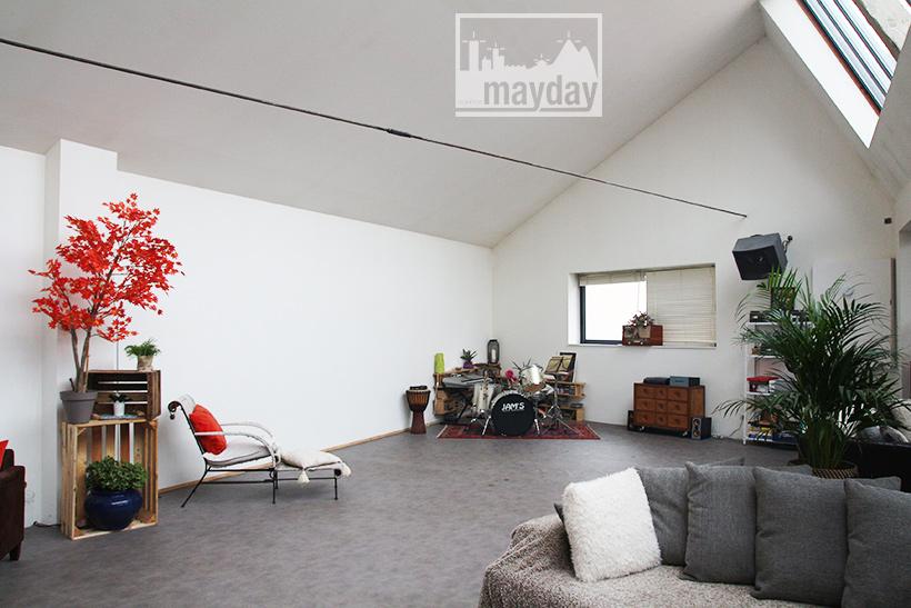 le loft de l b niste loire clav0161 agence mayday rep rage de d cors recherche de. Black Bedroom Furniture Sets. Home Design Ideas