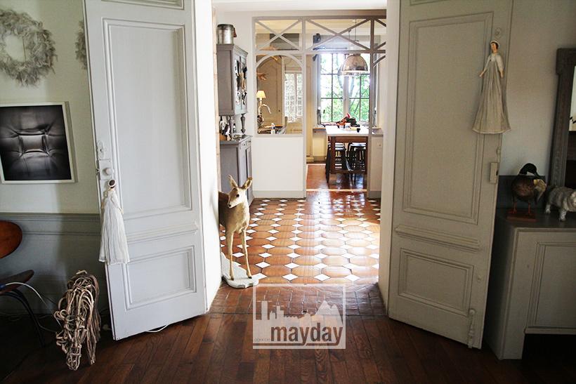 3-jean0060-la-maison-au-bout-de-l'allée-int-rdc-salon-1