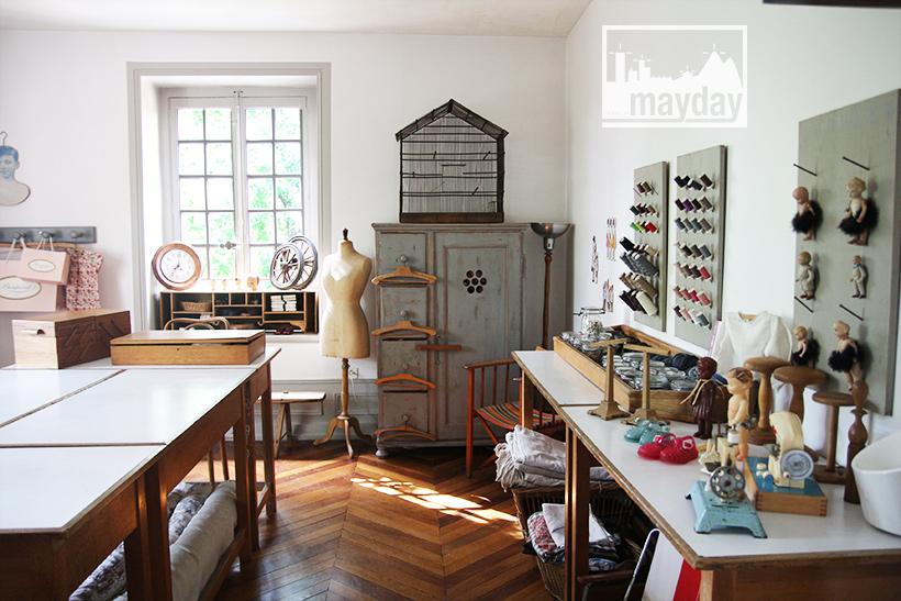 8-jean0060-la-maison-au-bout-de-l'allée-int-atelier-couture-2