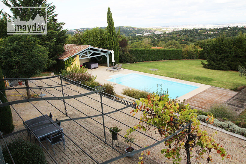 clav0203-la-maison-provencale-ext-vue-2