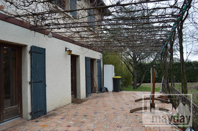 rav0212 - terrasse ombragée
